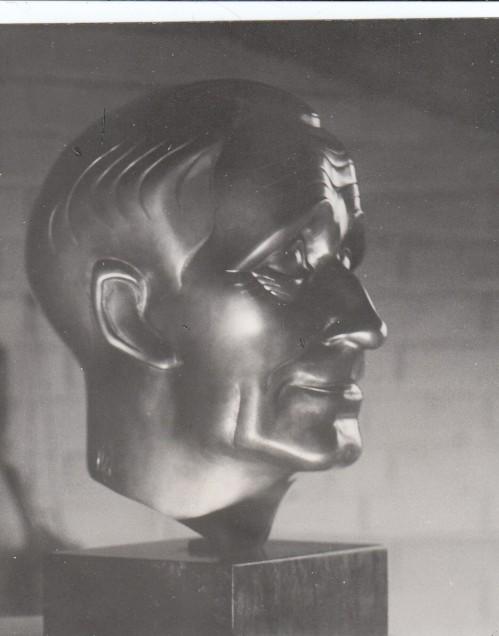 Jünger-Büste von Helmholz 1961 | Für den Scan (c) 2008 T. Wimbauer