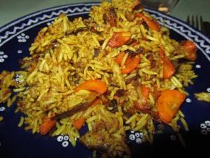Auberginen-Möhren-Curryreis