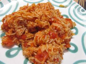 Reis mit frischen Tomaten